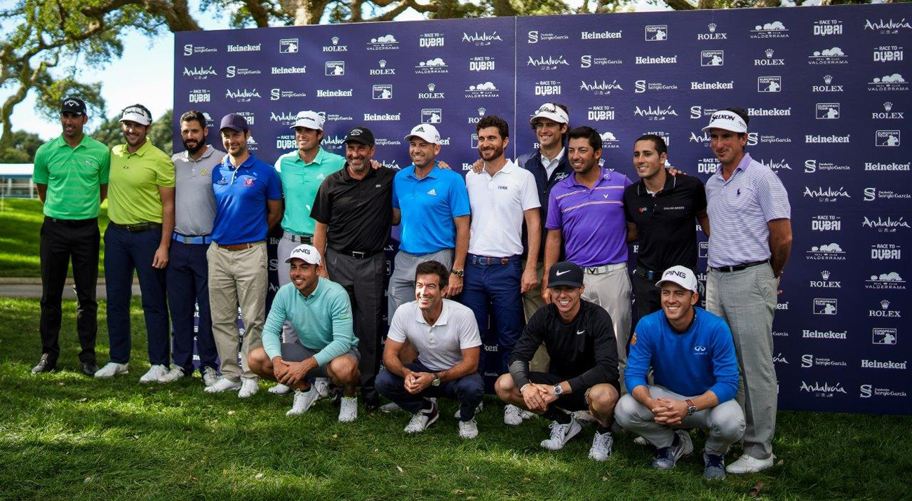 Smiling Spanish players pose in the traditional photo session before the Andalucía Valderrama Masters (© Real Club Valderrama)